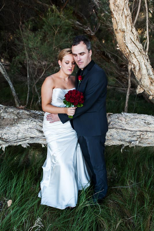 perth wedding photographer south perth wedding image of bride and groom hugging