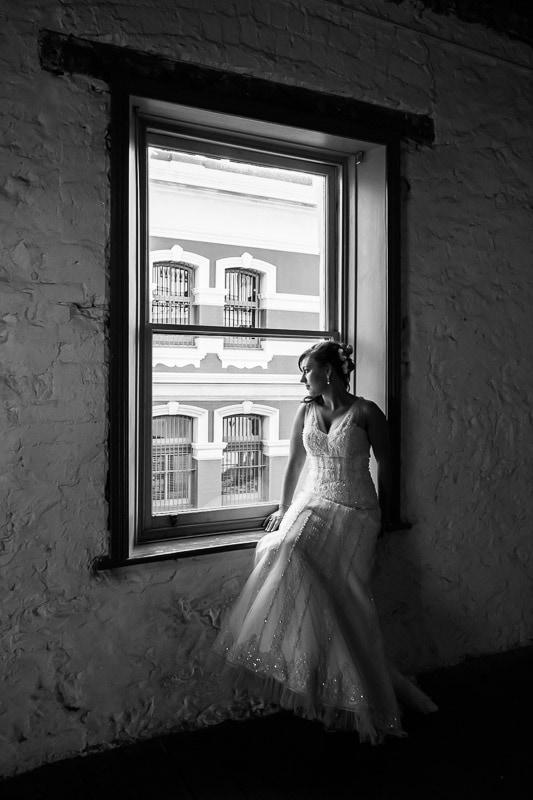 fremantle wedding photographer fremantle wedding perth wedding photographer image of bride sitting in window