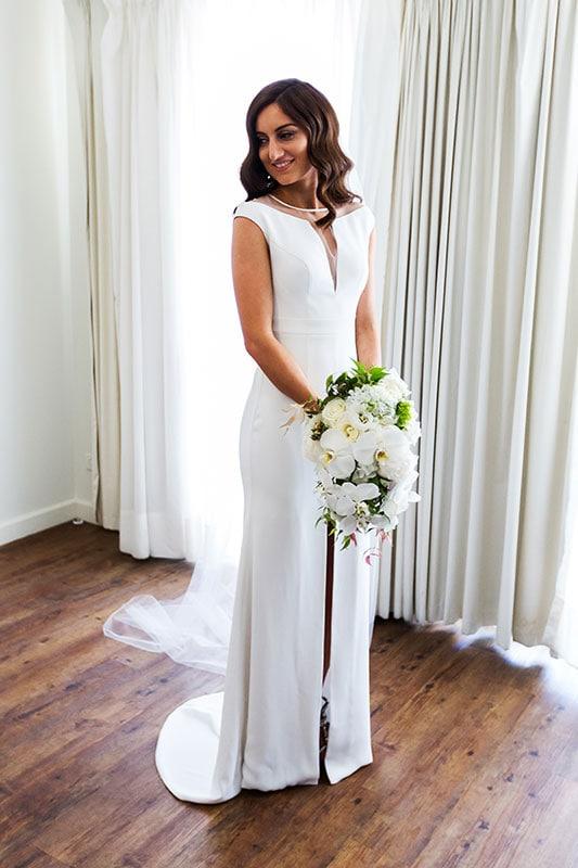 perth wedding photographer rottnest island wedding image of bride ready with flowers
