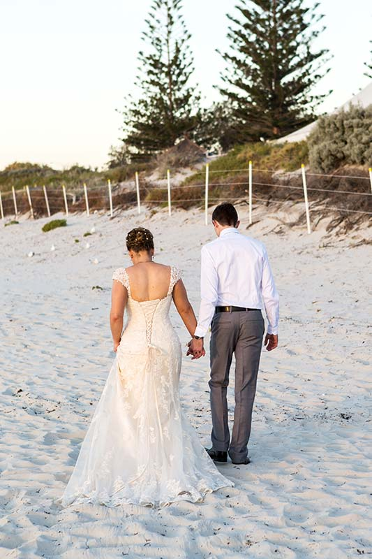 perth wedding planning wedding photo locations perth image of bride and groom walking on beach