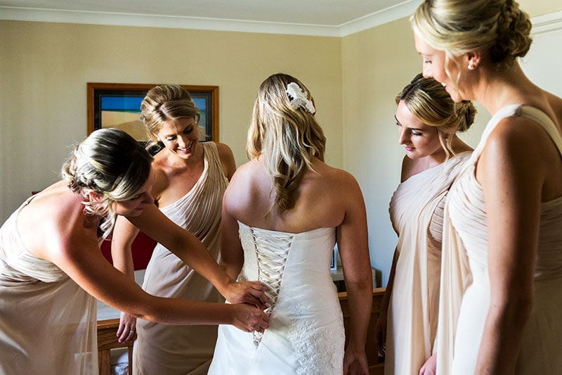 wedding photographer perth kings park wedding image of bride getting ready