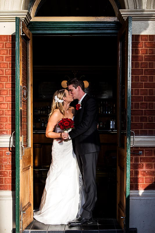 wedding photographer perth kings park wedding image of bride and groom kissing