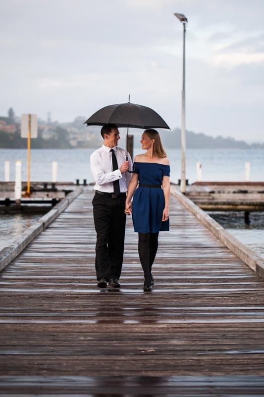 what to wear for engagement photos perth wedding photography perth wedding planning image of couple at point walter