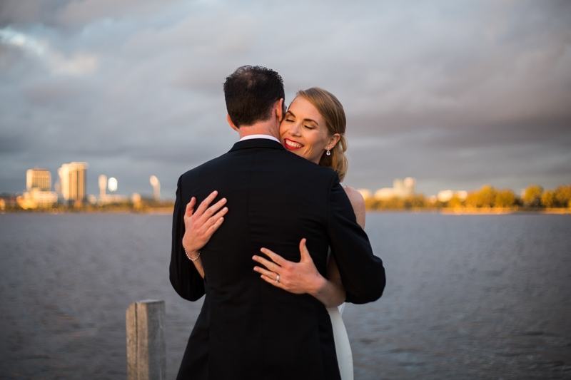 south perth wedding perth wedding photographer the boat shed restaurant image of couple