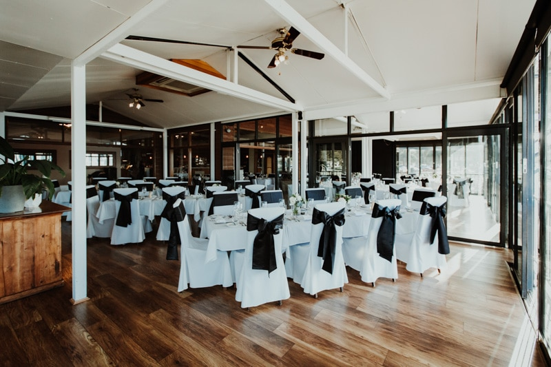 uwa wedding university of western australia wedding tropical gardens wedding boatshed restaurant wedding perth wedding photographer image of uwa wedding